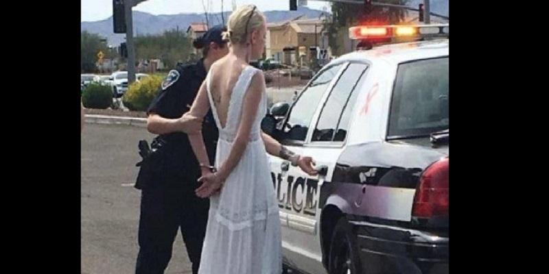 USA: Une mariée en route pour son mariage arrêtée par la police