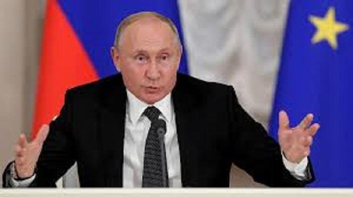 Russie : Vladimir Poutine : « La Russie n'hésitera pas à utiliser ses armes nucléaires en réponse à une attaque de missiles ».