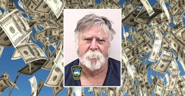 États-Unis : il braque une banque et jette les billets volés aux passants