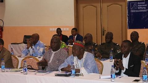 Réforme du secteur de la sécurité en contexte de lutte anti-terroriste au Burkina Faso : Plusieurs recommandations faites afin d'adapter le système juridique actuel