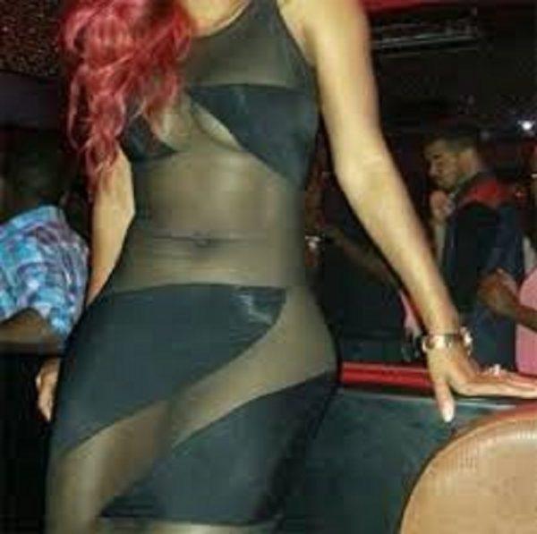Kenya : une serveuse chassée d'un bar pour avoir connu '' le péché '' d'être belle.