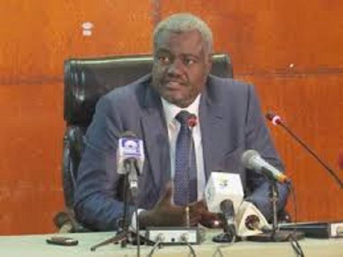 Cameroun : Moussa Faki, président de la commission de l'UA  demande aux acteurs politiques du Cameroun de rester calme.