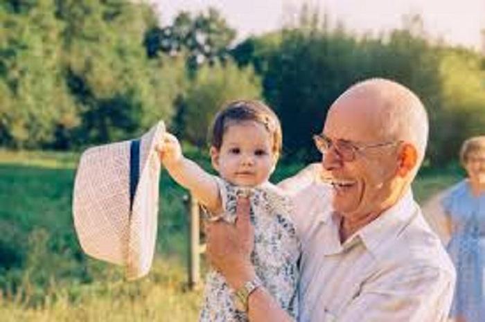 Santé : le saviez-vous ? L'âge du père peut avoir un impact sur la santé de l'enfant.