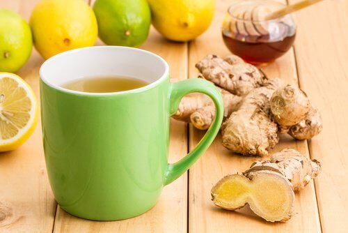 Pourquoi devriez-vous prendre une tasse de thé au citron et au gingembre quotidiennement